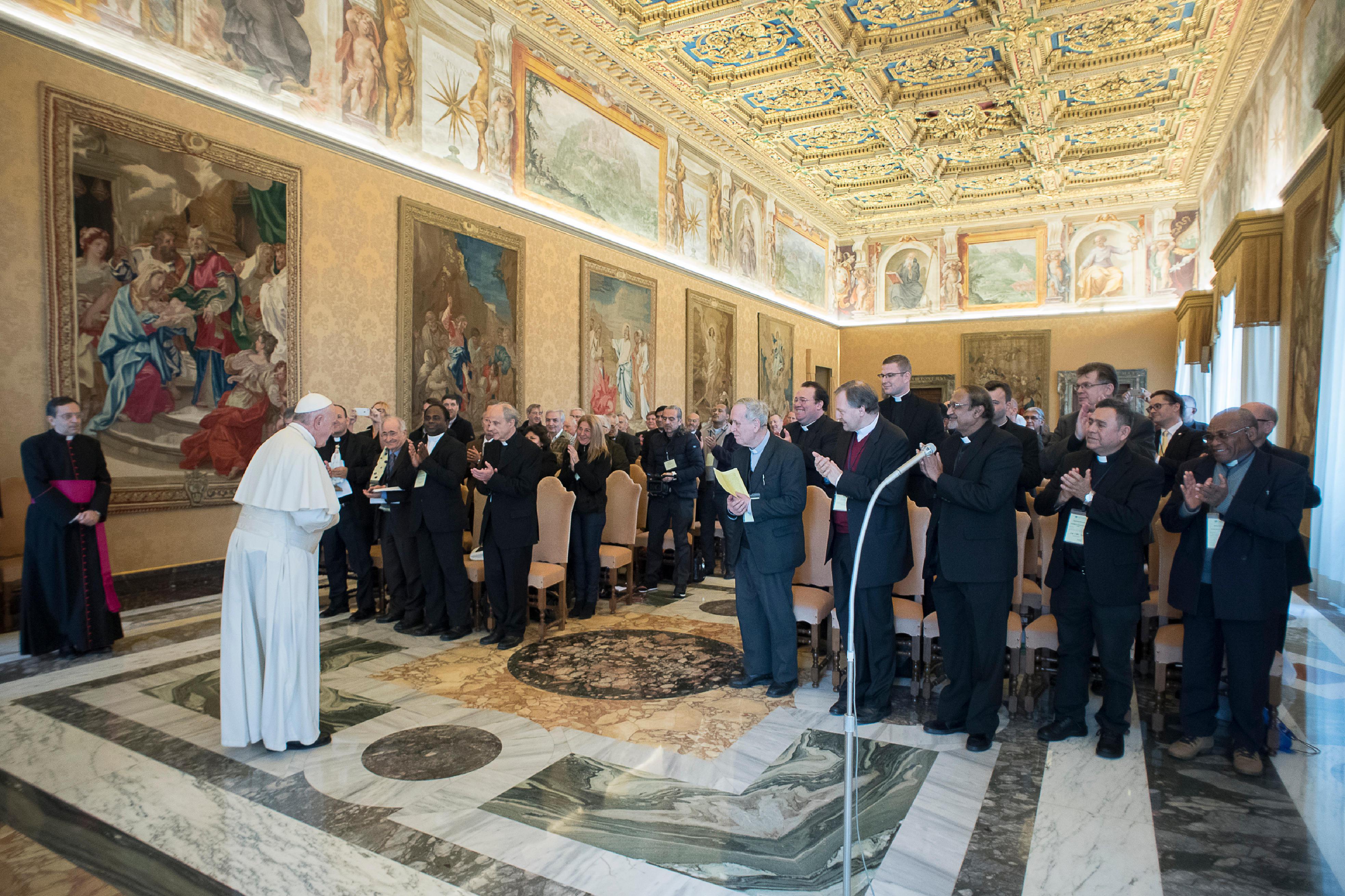 Audiencia con la Confederación Unión Apostólica del Clero © L´Osservatore Romano