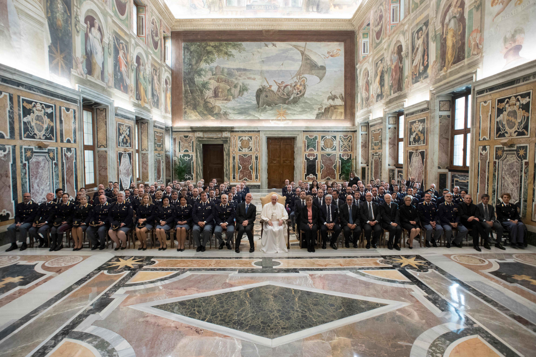 El Papa ha recibido a la Policía de Carreteras y Ferroviaria © L´Osservatore Romano