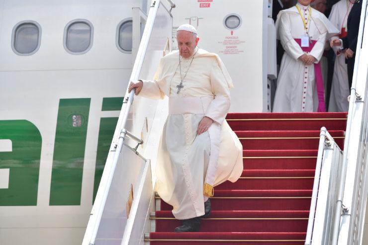 Llegada del Papa a Rangún, Myanmar © L'Osservatore Romano