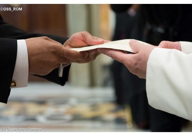 Cartas credenciales de nuevos embajadores © L'Osservatore Romano