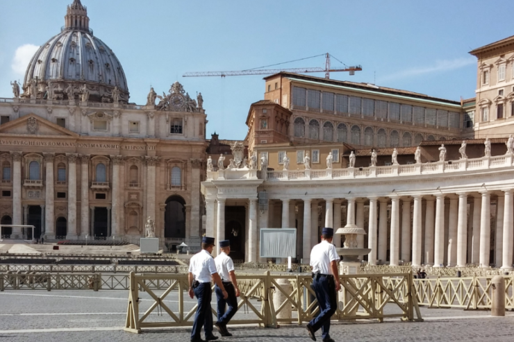 Gendarmería Vaticana © Wikimedia Commons / Di Gugganij