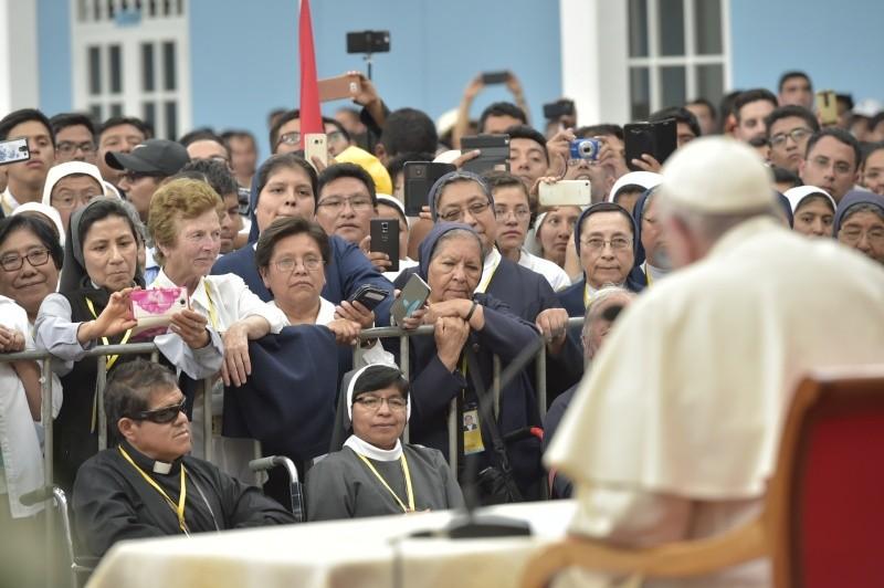 El Papa ha hablado a los religiosos en Trujillo © Vatican Media