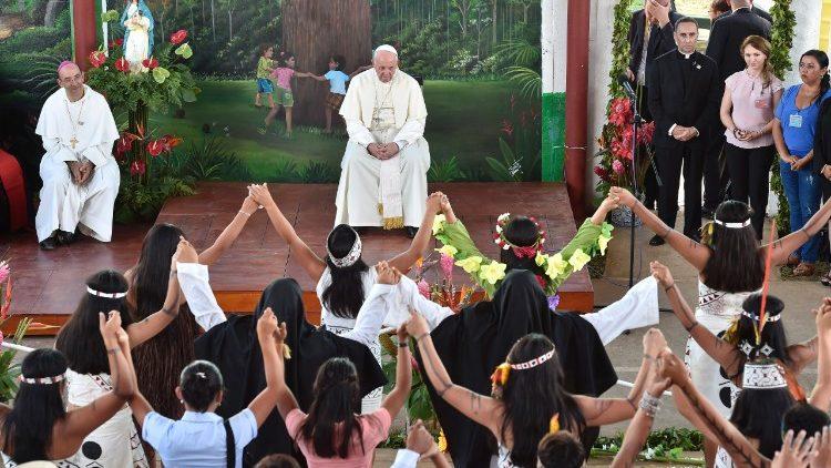 El Papa Francisco en el Hogar El Principito, Perú © Vatican Media