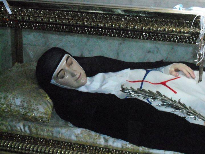 Figura de cera que contiene los restos de Francisca de la Encarnación, Martos (Jaén, España)