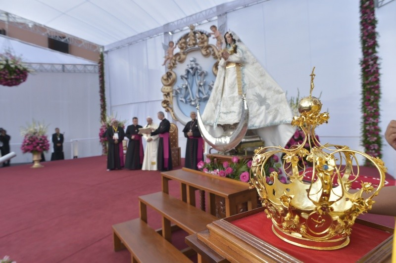 Coronación de la Virgen de la Puerta de Otuzco © Vatican Media