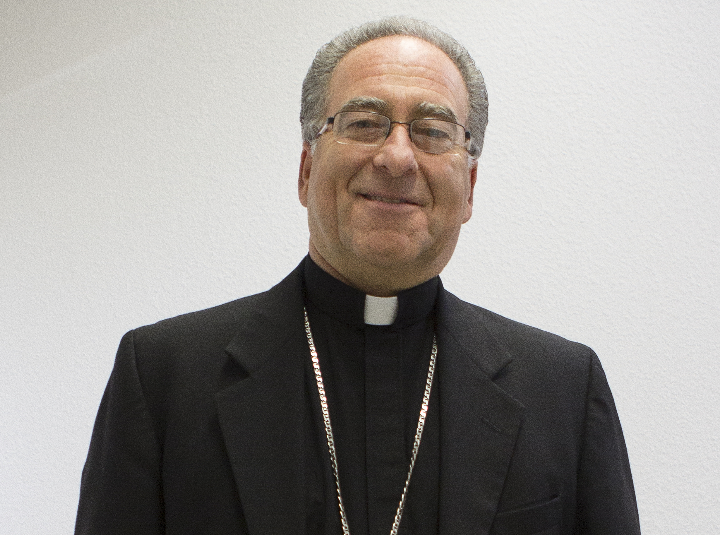 Mons. Myron J. Cotta © Diócesis de Sacramento