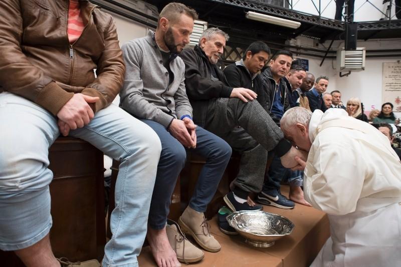 Lavatorio de los pies en la cárcel Regina Coeli © Vatican Media