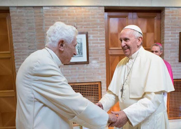 Benedicto XVI y el Papa Francisco 27/06/2017 © Vatican Media