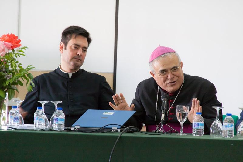 D. Fernando Martín con Mons. Demetrio Fernández, Obispo de Córdoba © Diócesis de Córdoba