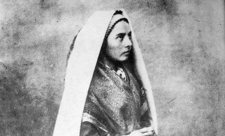 Santa Bernadette Soubirous © Pinterest