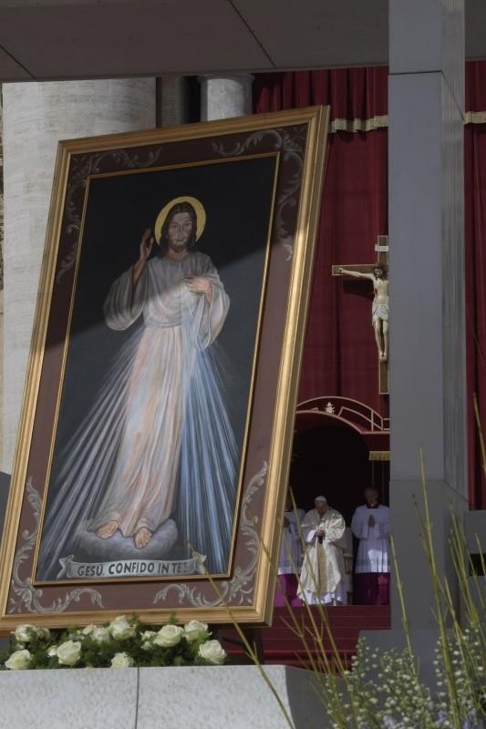 Misa del Domingo de la Misericordia © Vatican Media