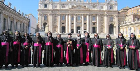 Arzobispos de la Iglesia Católica Siro-Malankar india en San Pedro © Pro Unione