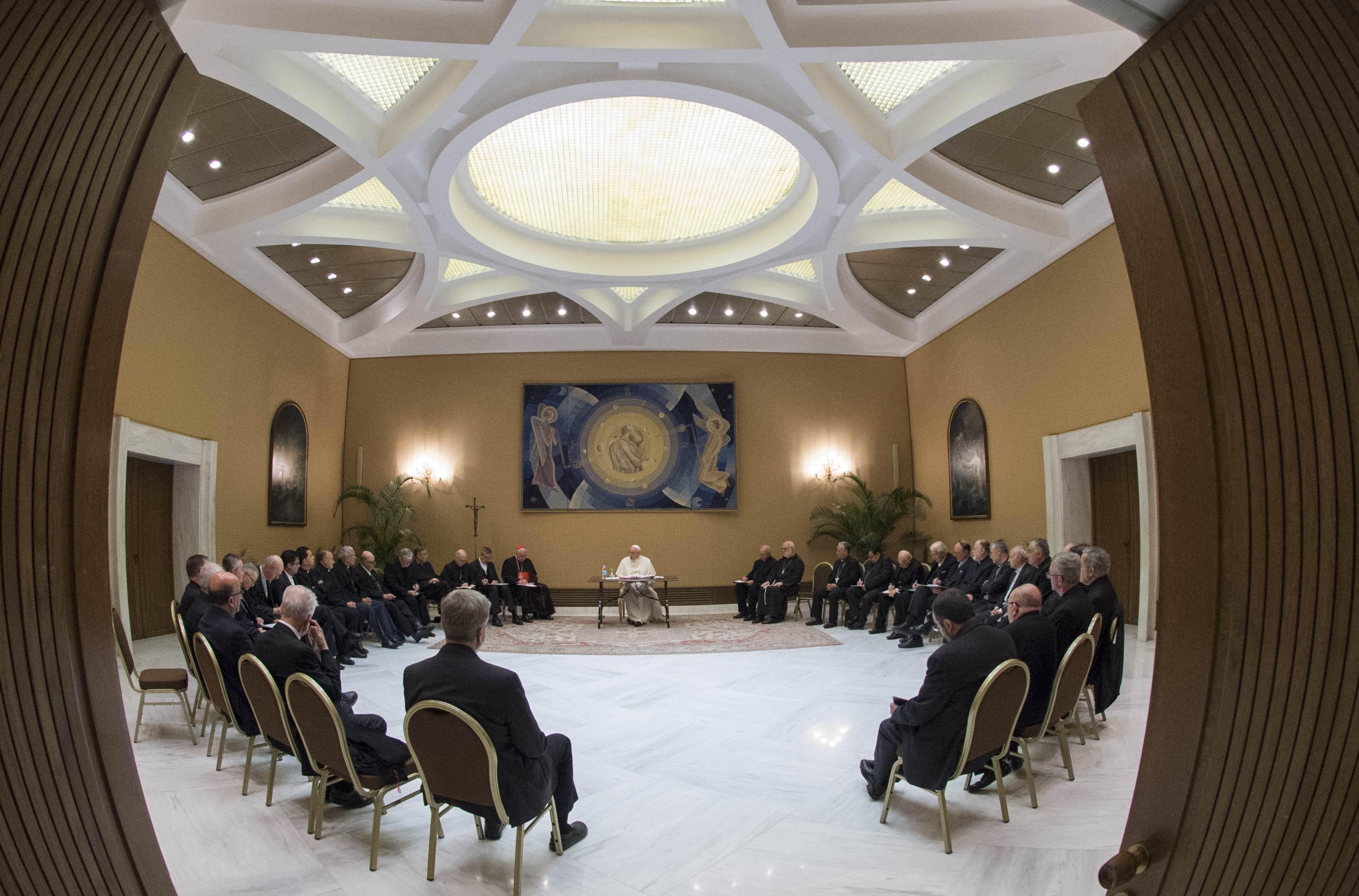 Primer encuentro del Papa Francisco con los obispos de Chile © Vatican Media