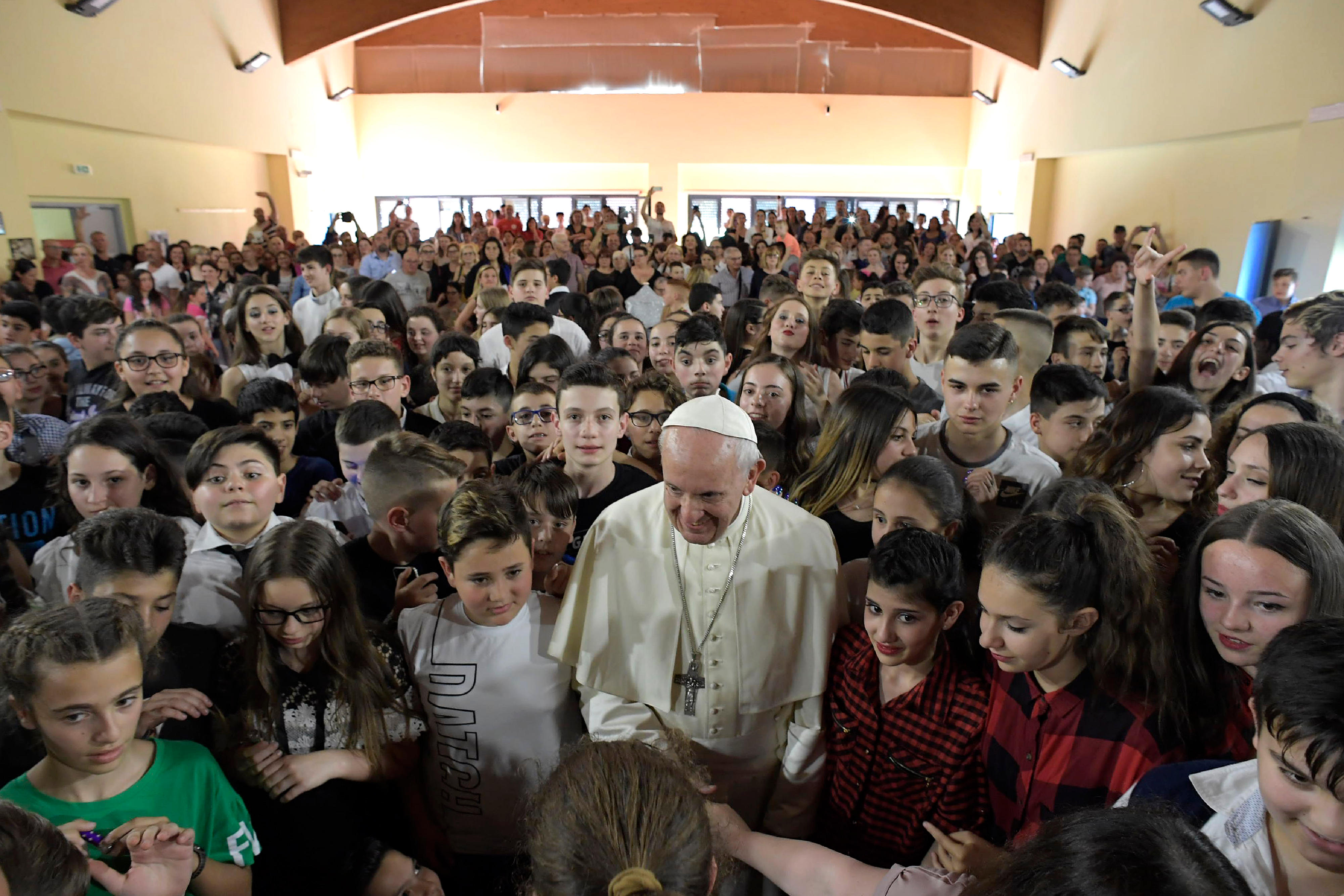 El Papa visita la Escuela 'Elisa Scala' en Roma © Vatican Media