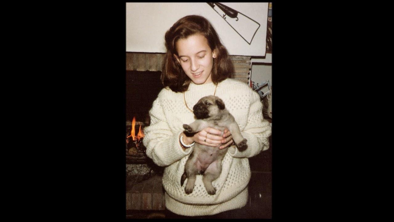 Alexia con un perrito © Blog: Más humanos que los humanos