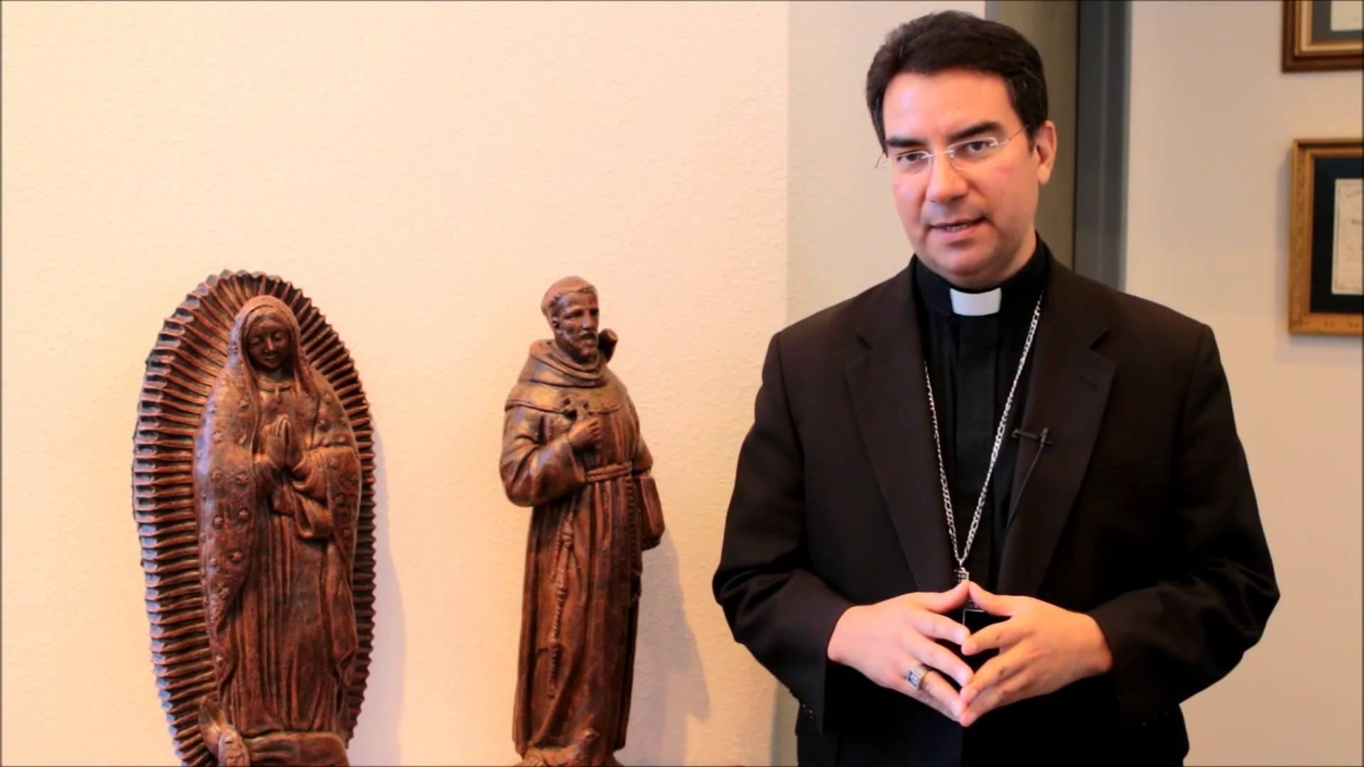Mons. Oscar Cantú © Youtube