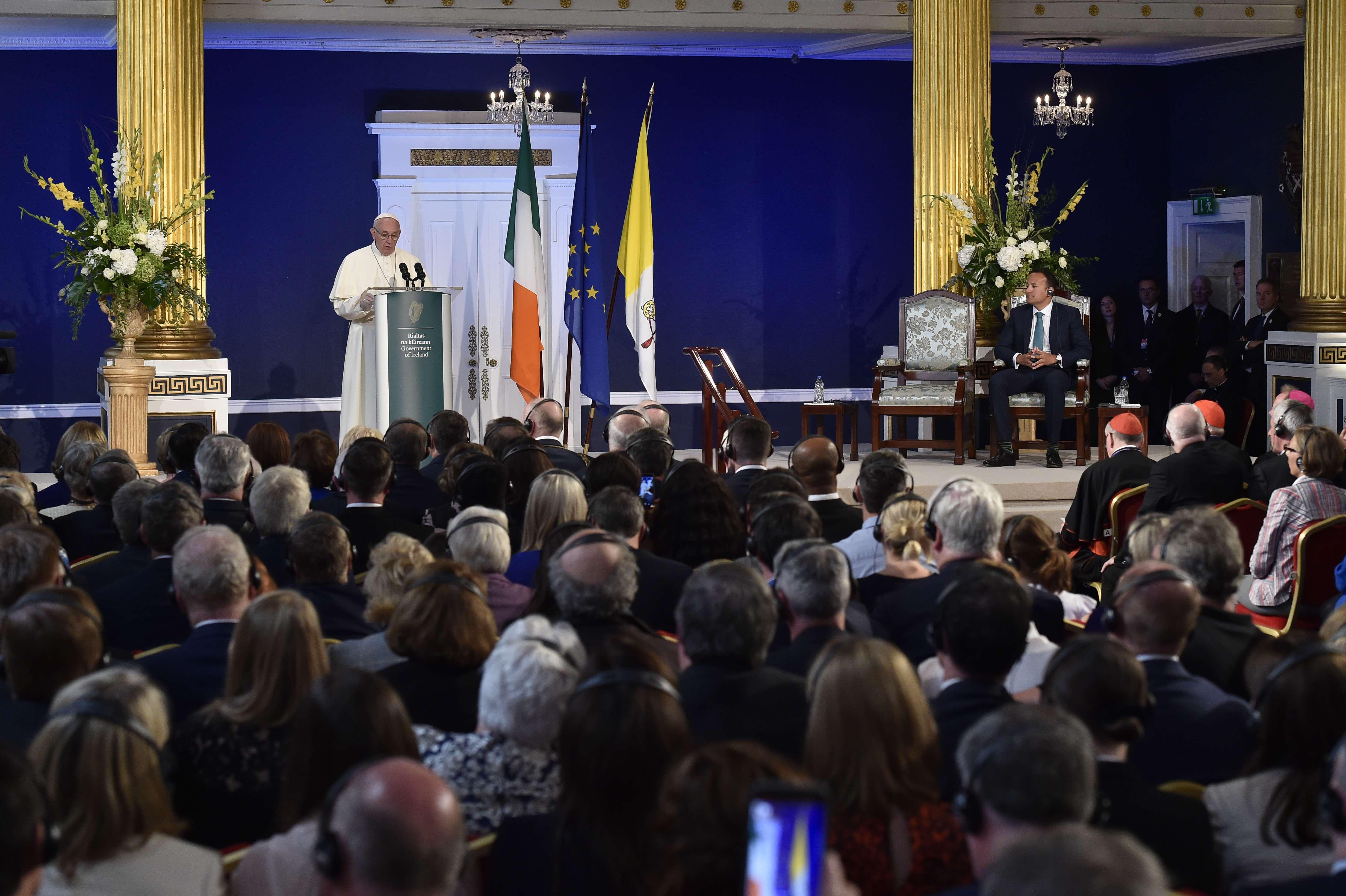 Discurso del Papa al Primer Ministro y a las autoridades irlandesas © Vatican Media