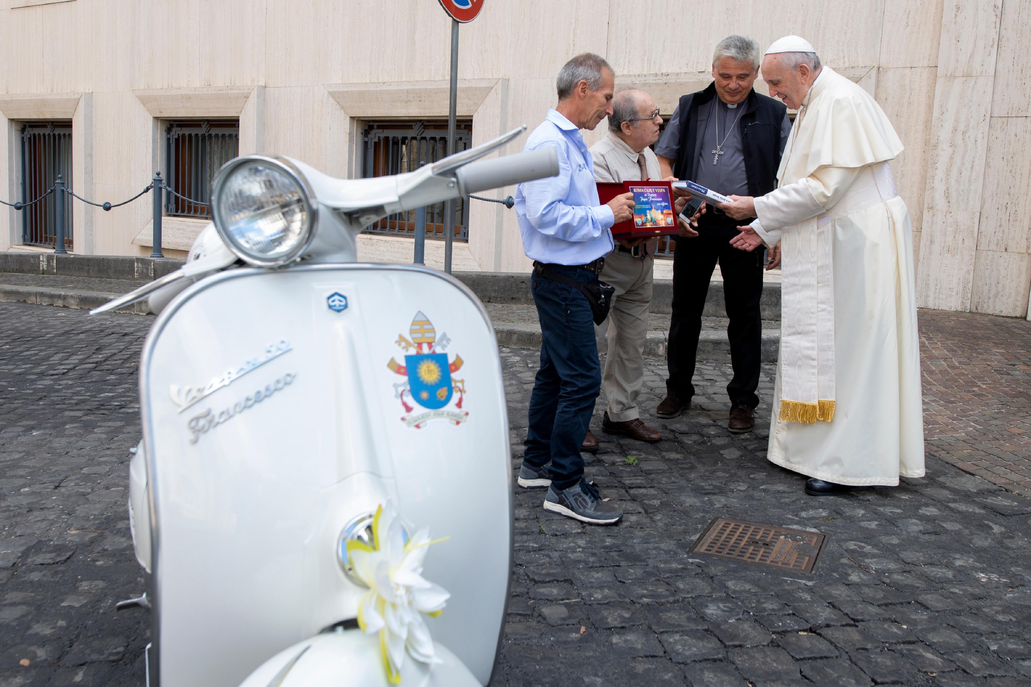 Vespa 2 Sept. 2018 © Vatican Media