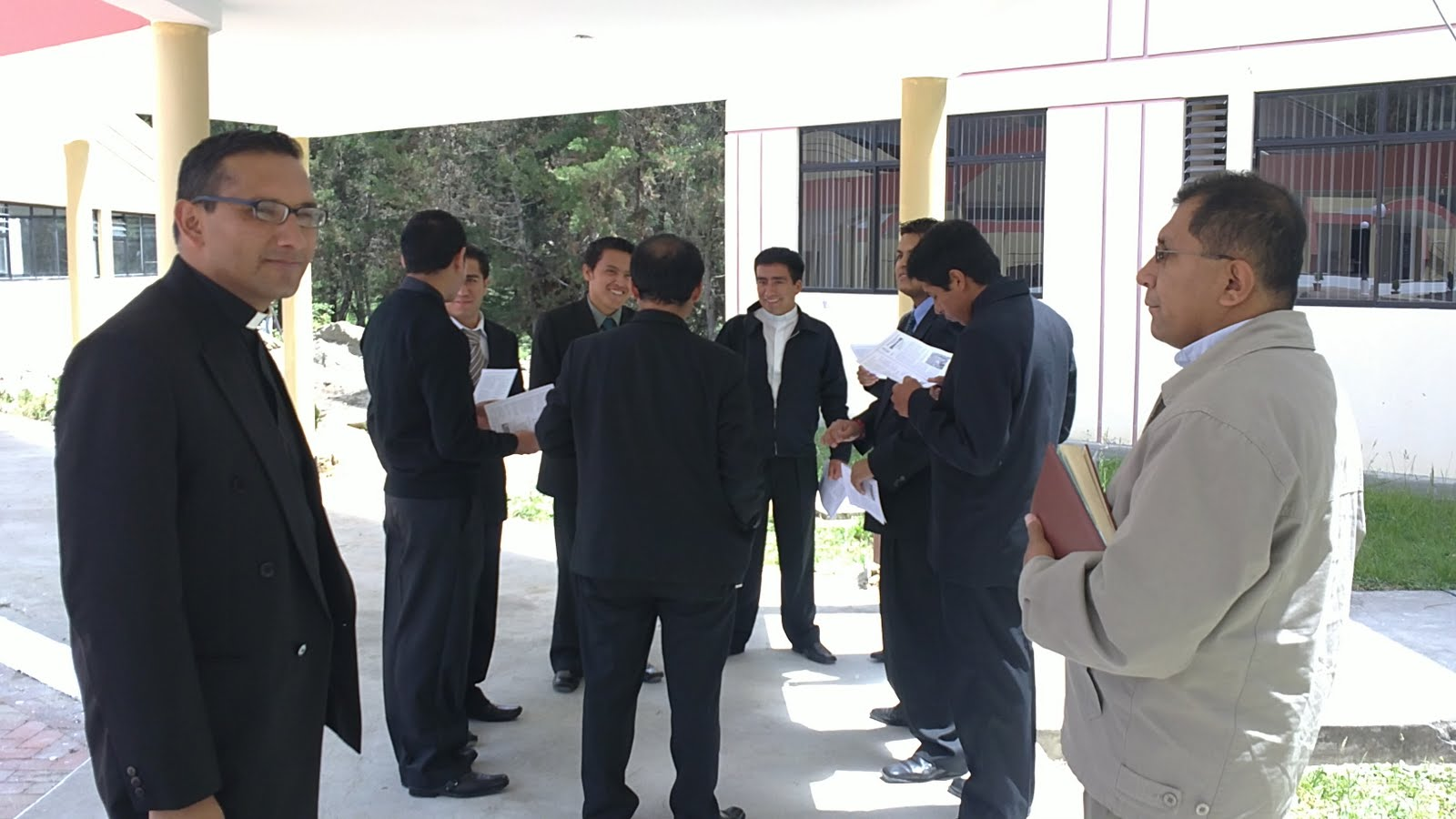 Formadores y alumnos del Seminario 'Reina de El Cisne' © http://elblogdelpadreluis.blogspot.com