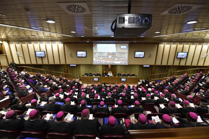 Primera reunión de la XV Asamblea General del Sínodo © Vatican Media