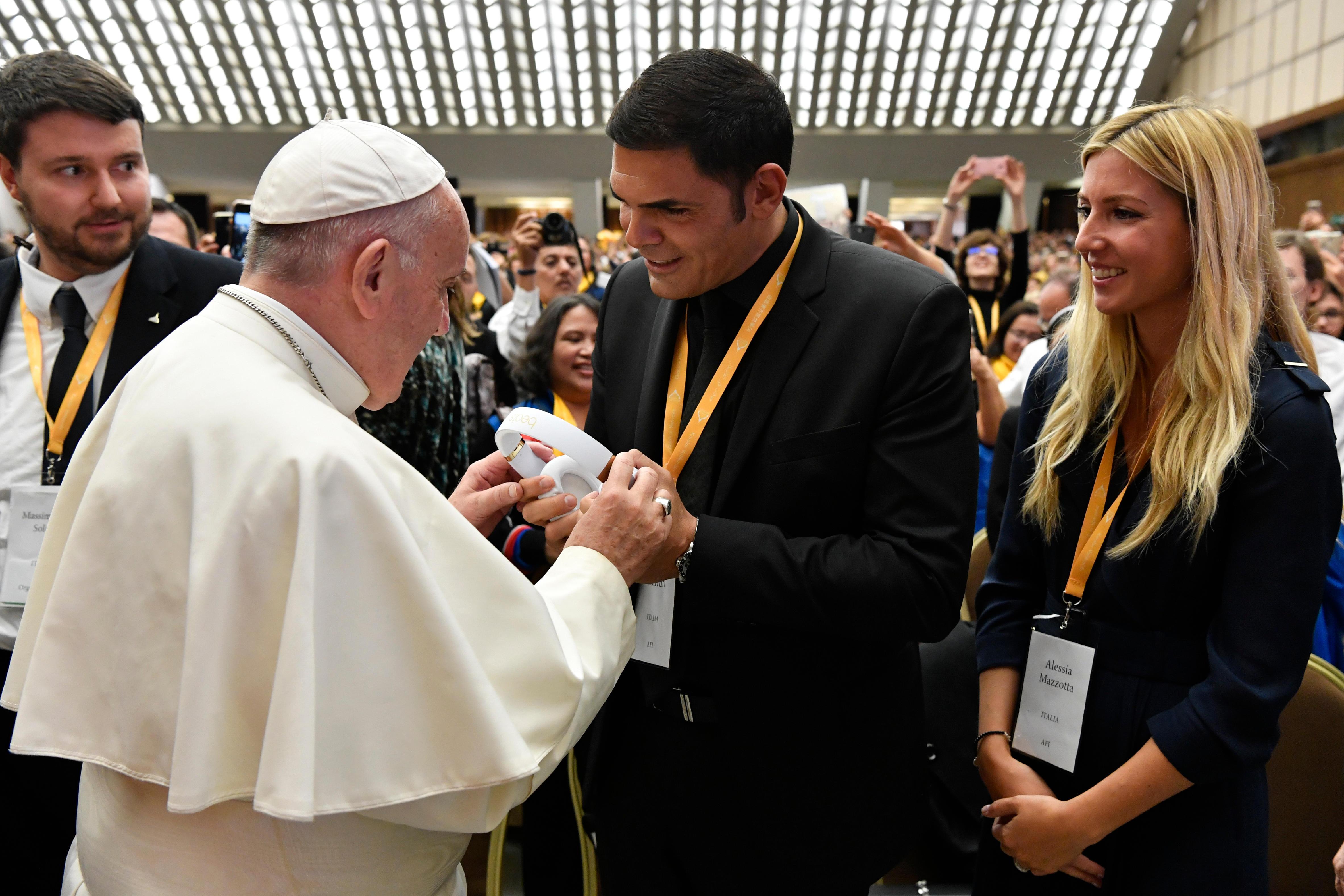 Encuentro del Papa con Corales del mundo © Vatican Media