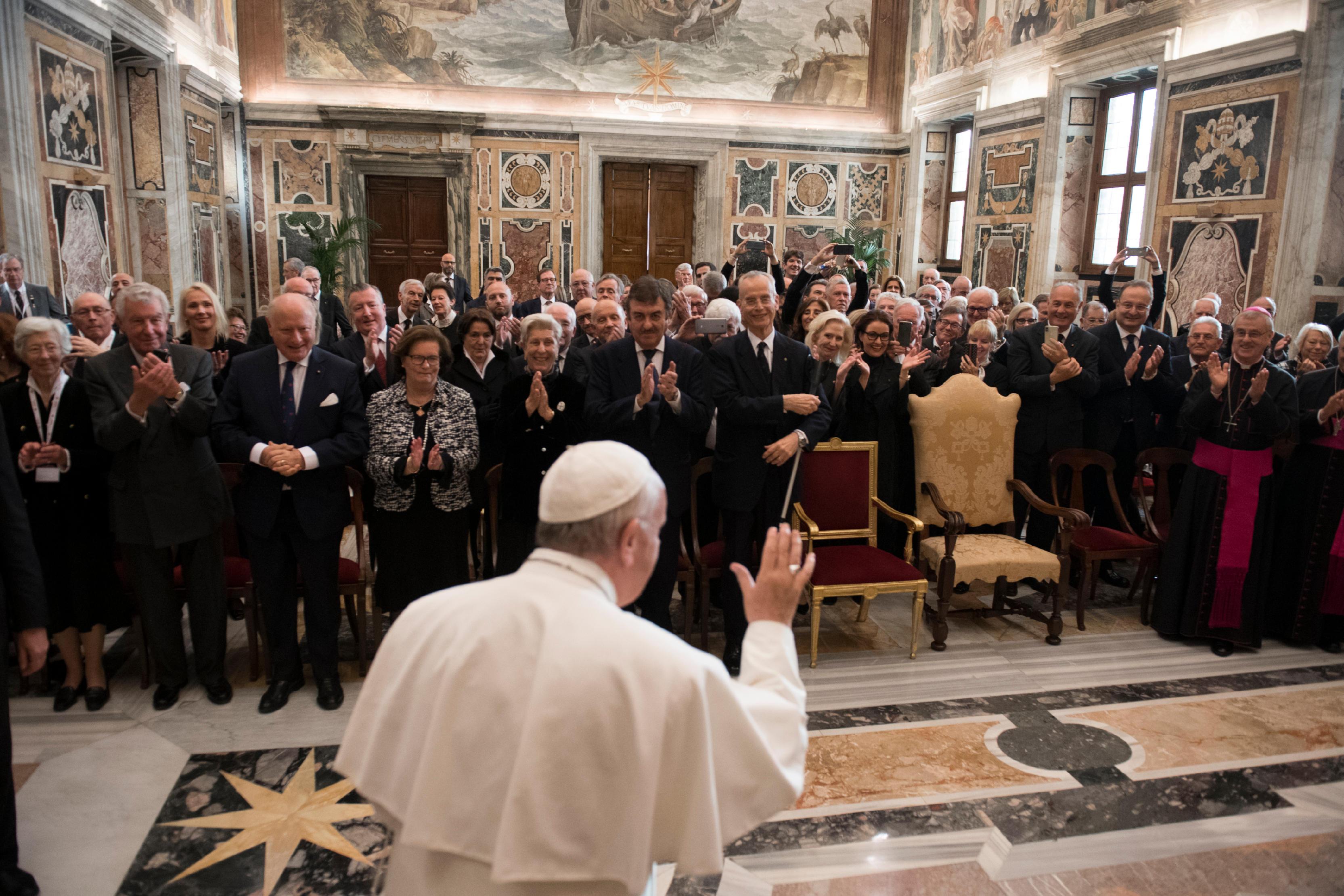 Saludo del Papa Francisco a la Orden Ecuestre del Santo Sepulcro de Jerusalén© Vatican Media