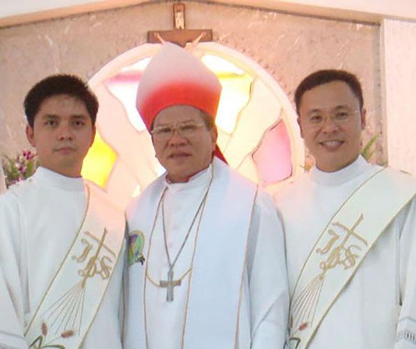 Monseñor Angelito R. Lampon, en 2009 © Misioneros Oblatos de María Inmaculada en Filipinas