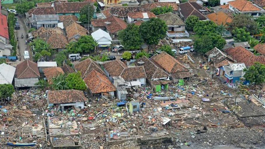 Tsunami en Indonesia (_didikh117_)