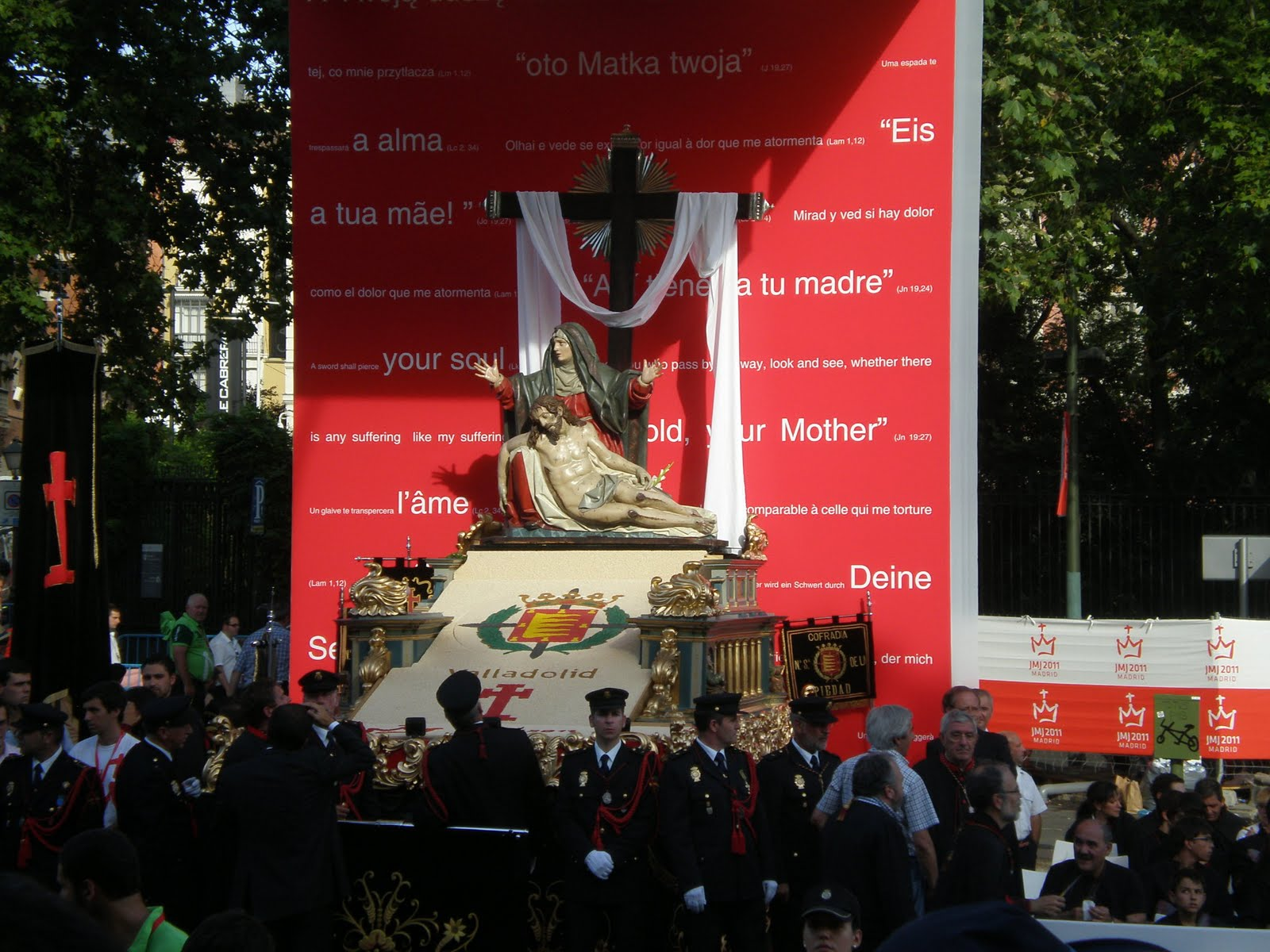 Via Crucis JMJ 2011 © chriein.blogspot.com