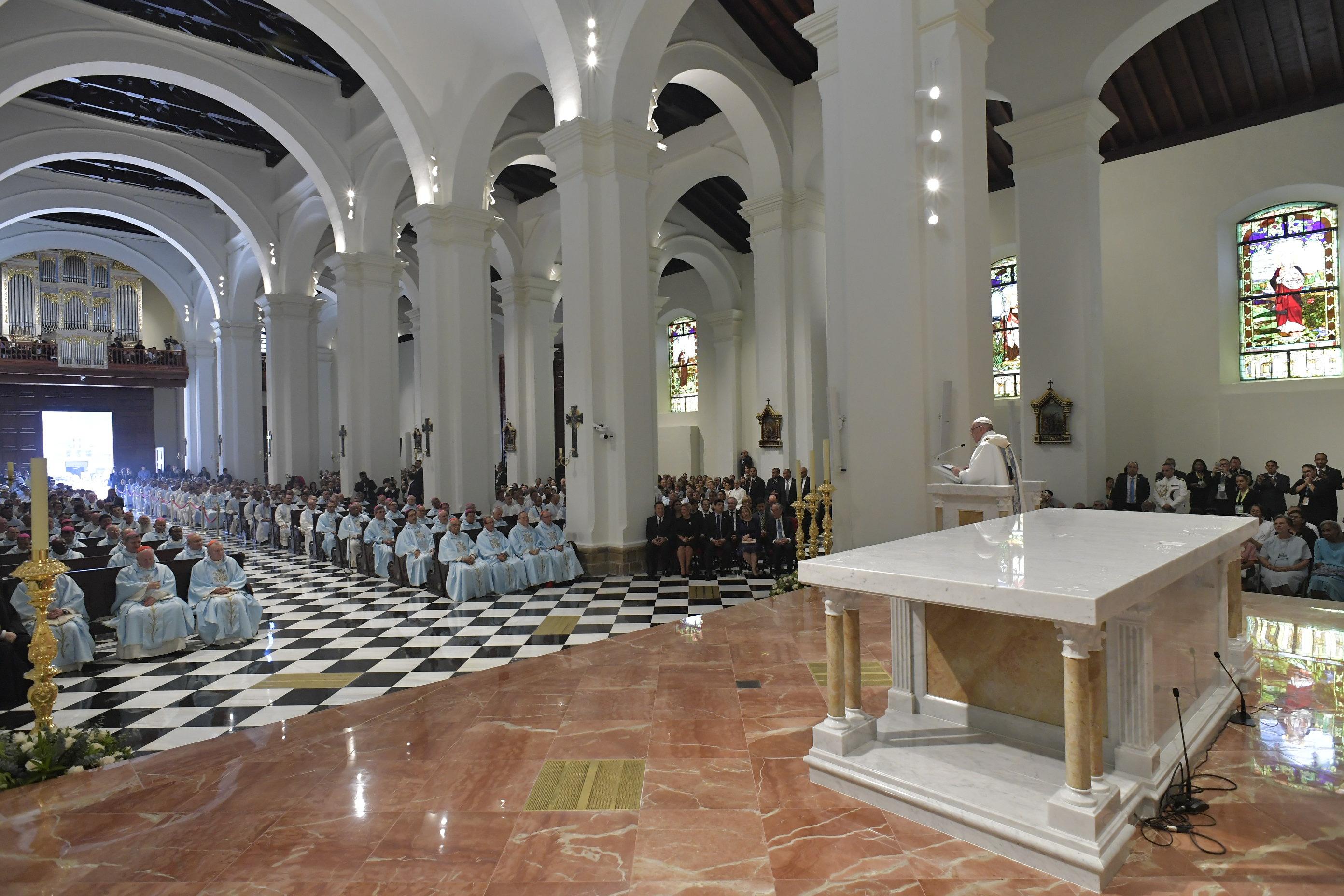 Homilía del Papa Francisco en la Catedral Santa Maria La Antigua © Vatican Media
