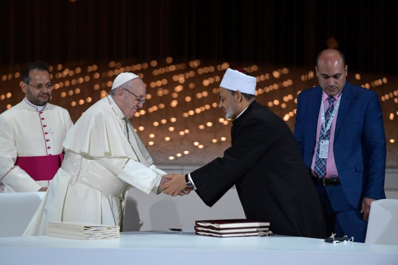 Documento sobre la 'Fraternidad Humana' © Vatican Media