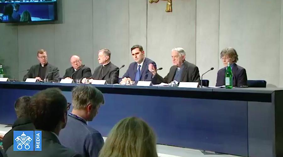 Presentación del Encuentro sobre protección de menores. Captura Vatican Media