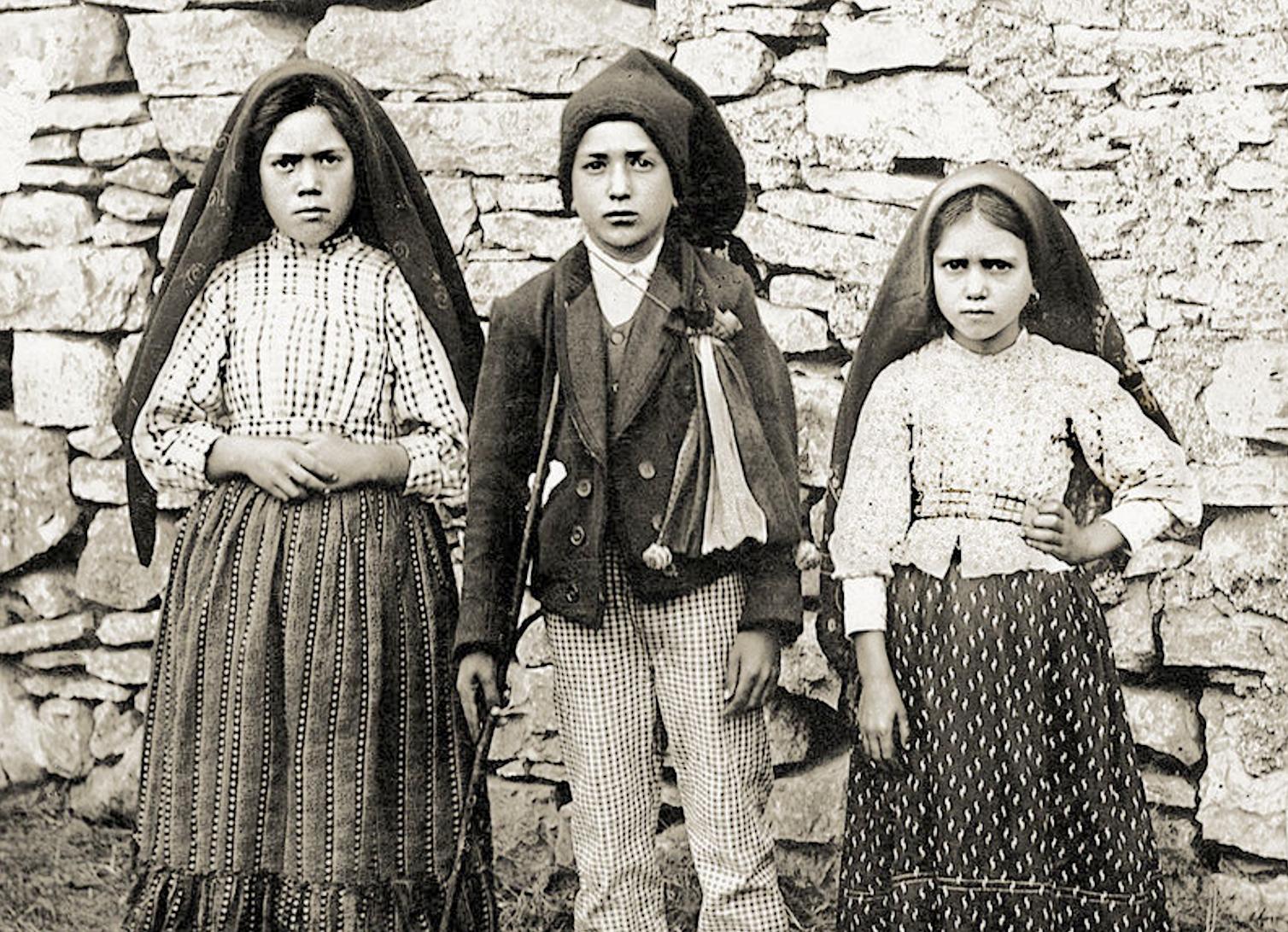Lucia, Francisco Y Jacinta, Los Tres Pastorcitos Videntes De Fátima