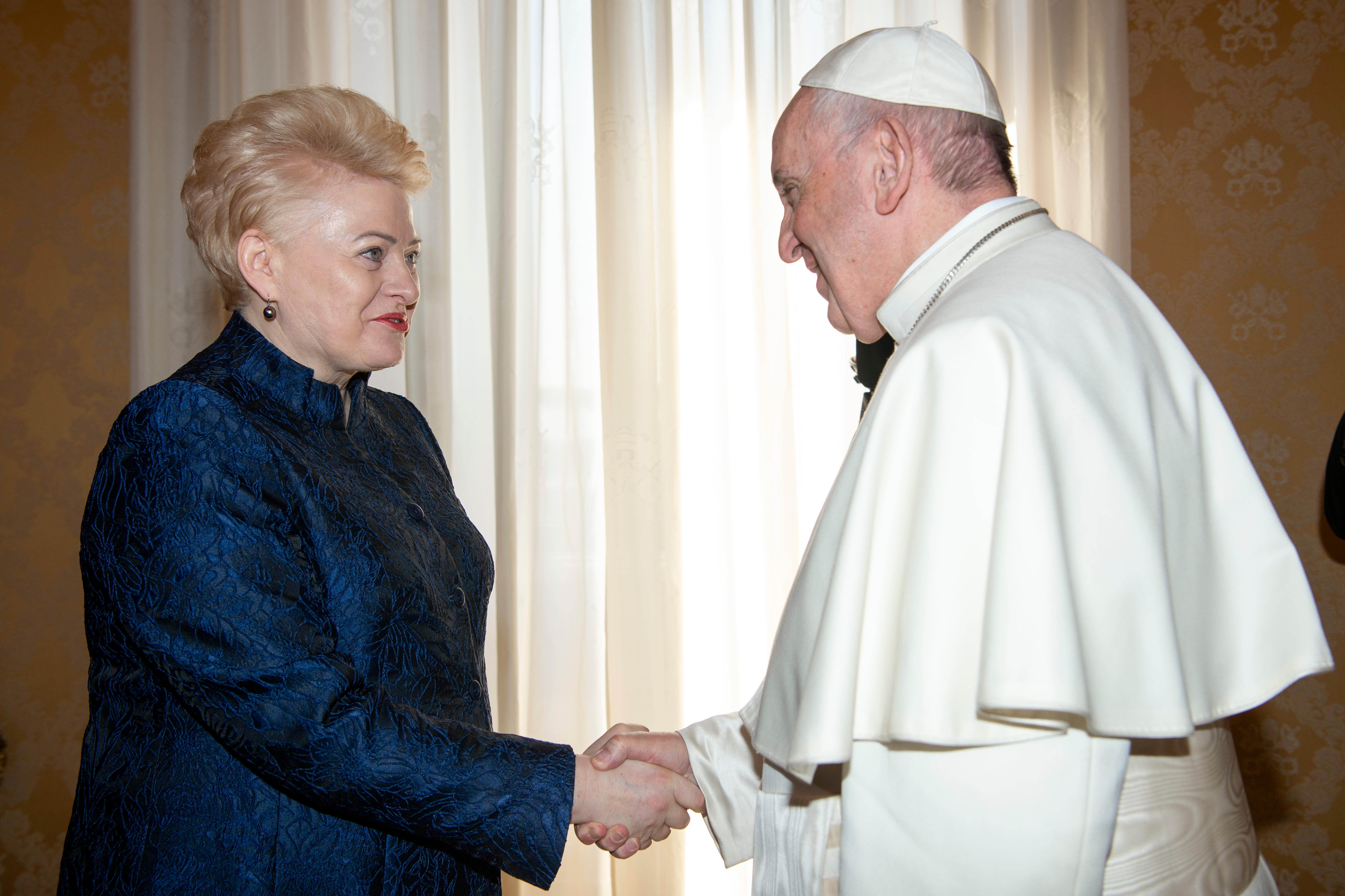 El Papa recibe a la Presidenta de Lituania © Vatican Media