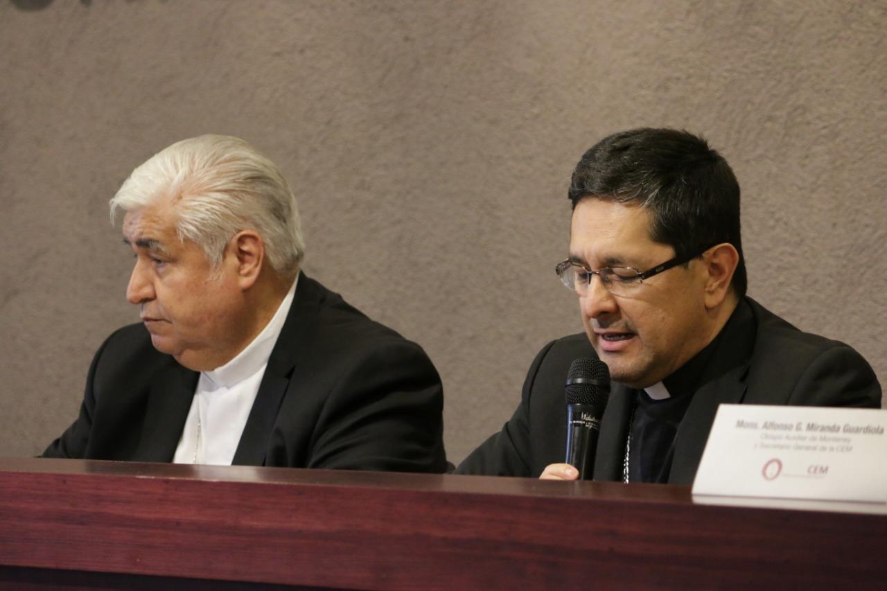 Mons. Rogelio Cabrera y Mons. Alfonso Miranda © CEM