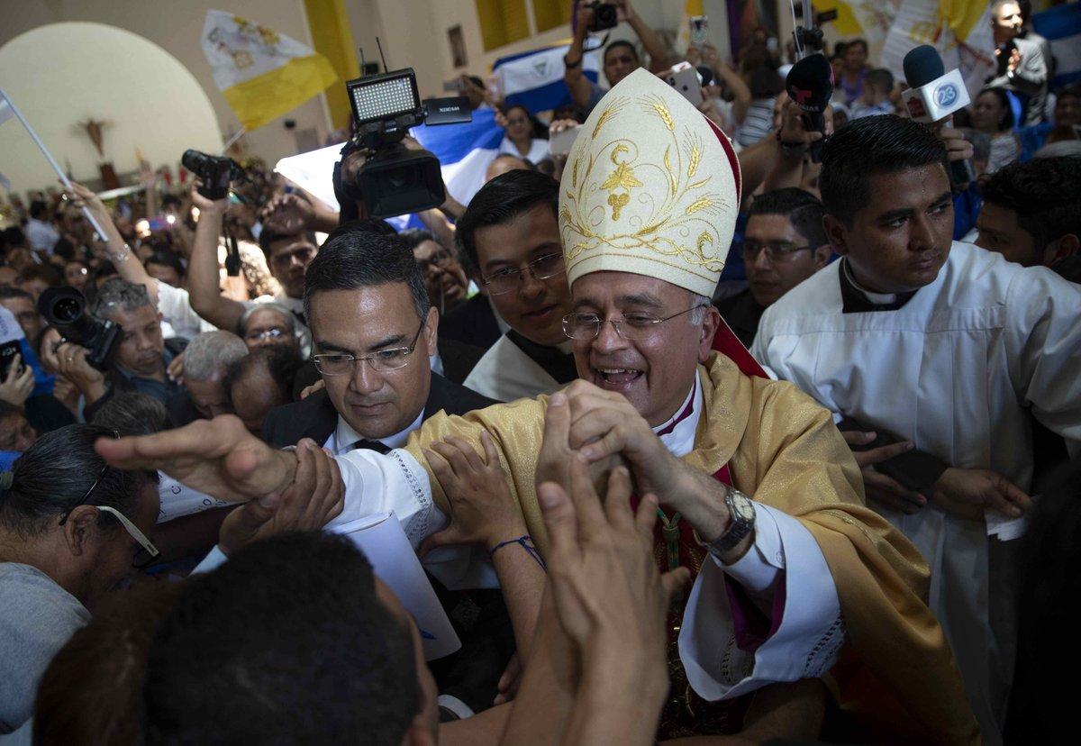 Mons. Silvio Báez se despide de los fieles de Nicaragua © Twitter/Wilfredo Miranda