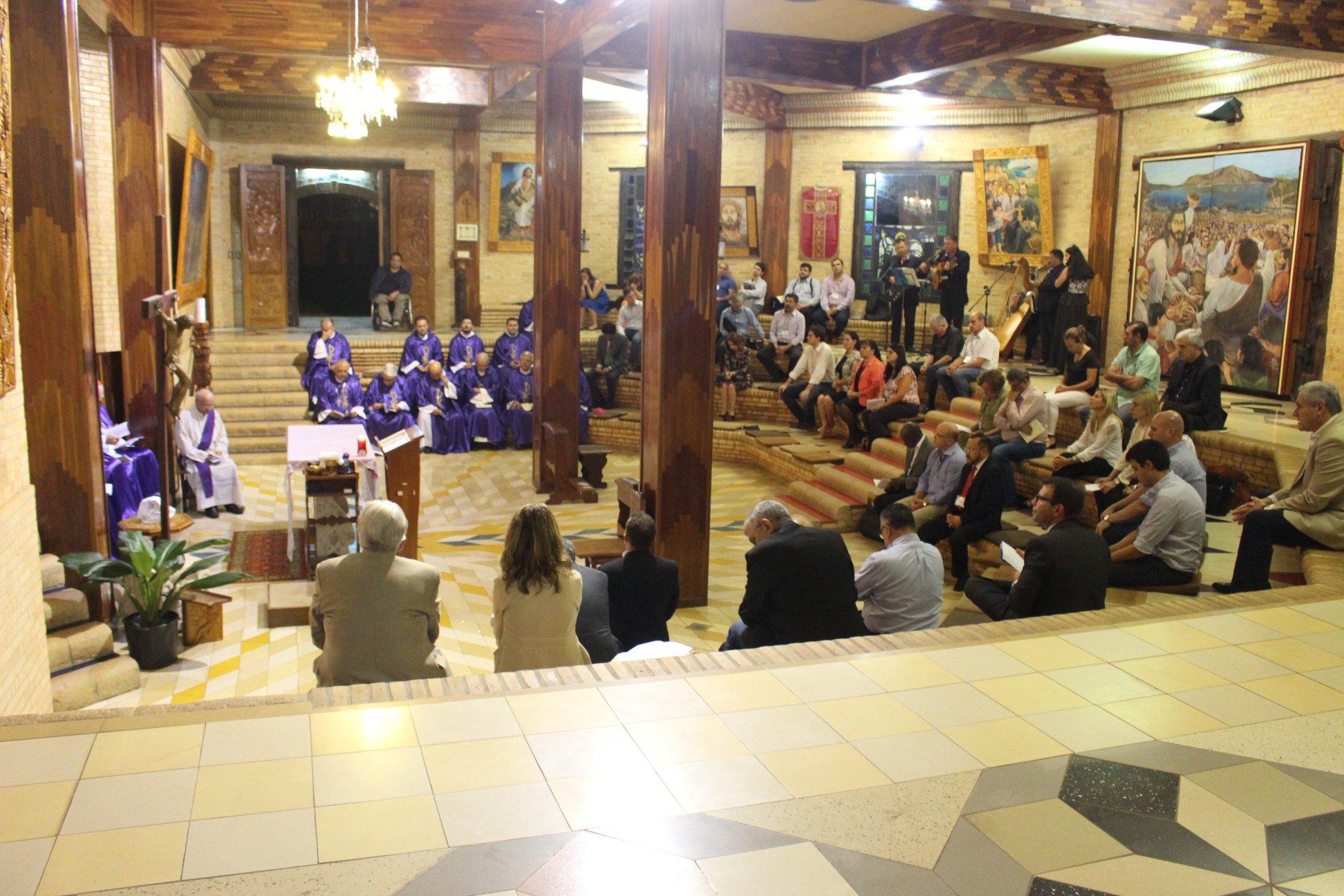 Eucaristía en el Encuentro de Católicos en Paraguay © CELAM