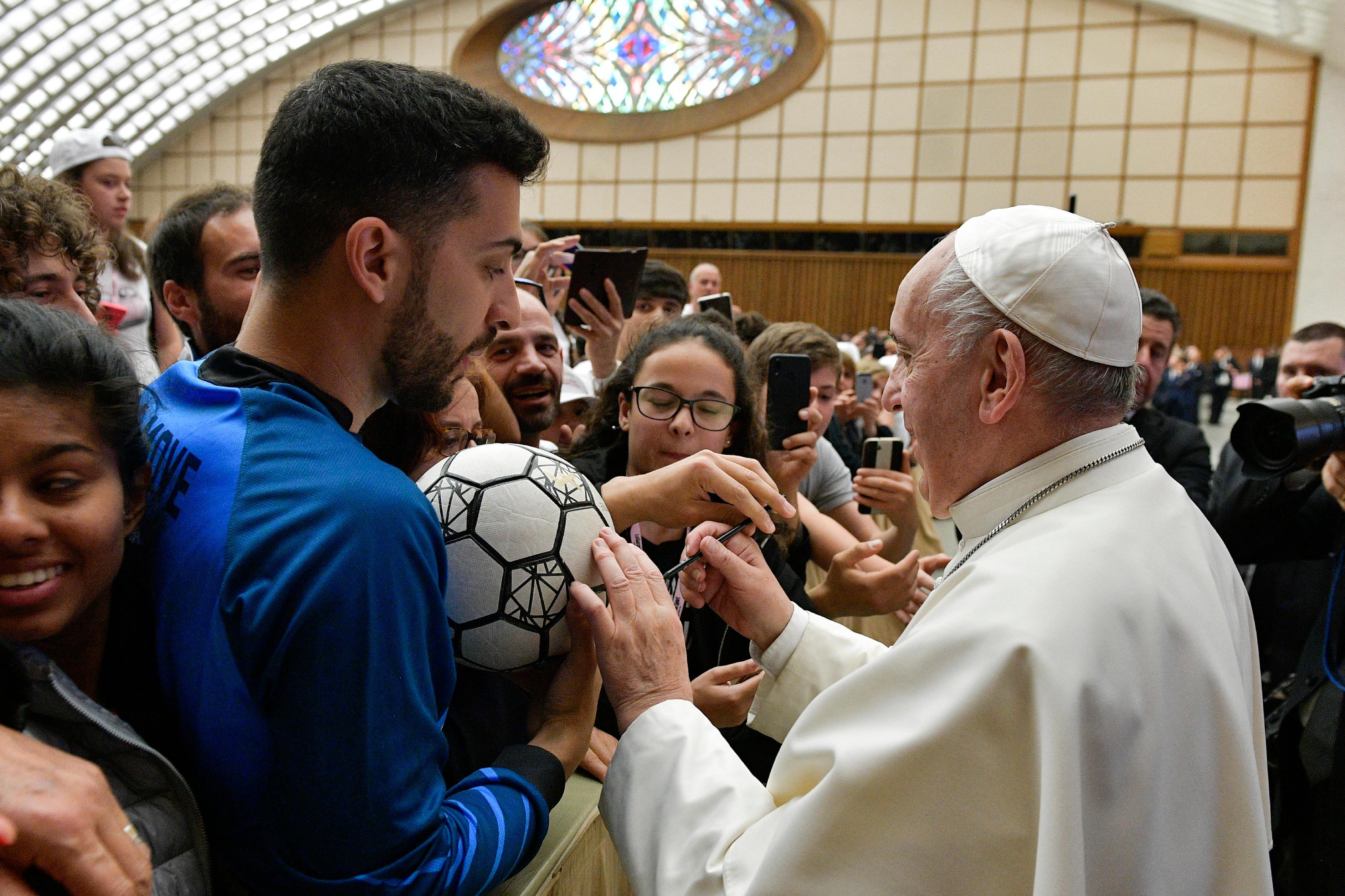 """Encuentro """"El fútbol que amamos"""" © Vatican Media"""