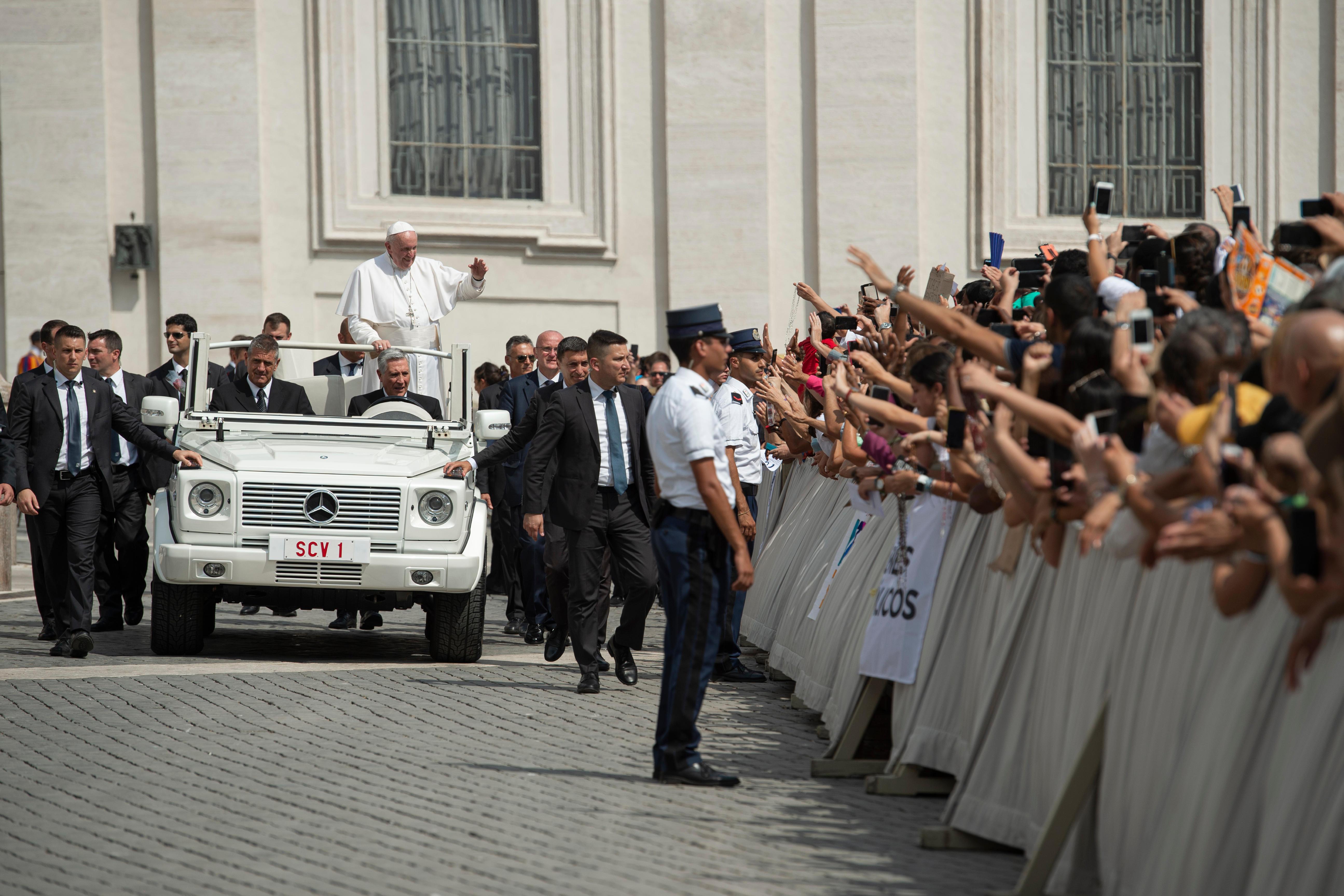El Papa sonríe en la audiencia general © Vatican Media