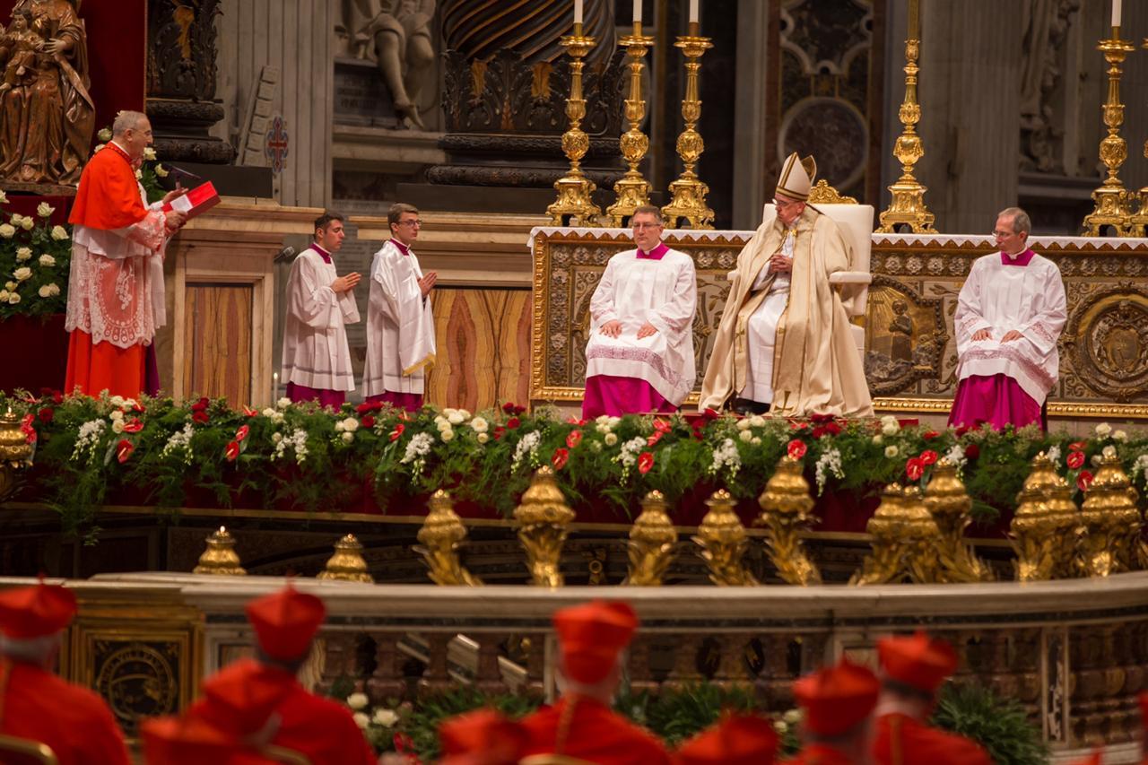 Consistorio de cardenales COVID-19