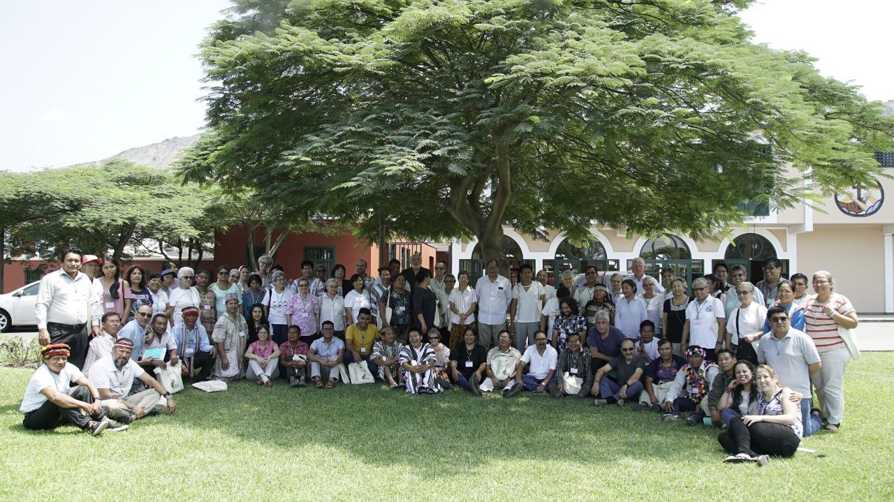Foto grupal durante el tercer y último día del encuentro © Foto: P.D.