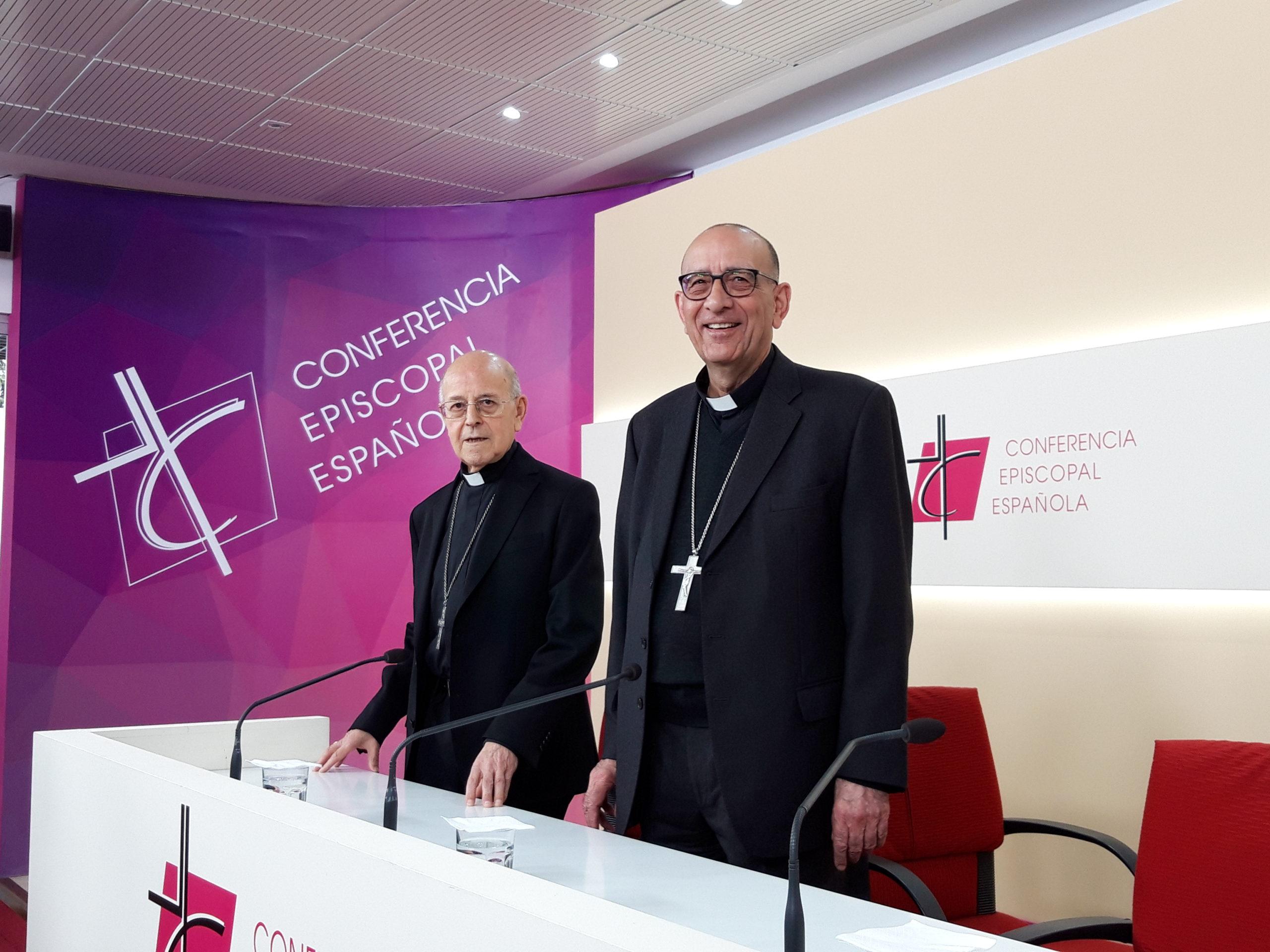 El cardenal Omella sustituye al cardenal Blázquez en la presidencia de la CEE © zenit/Rosa Die