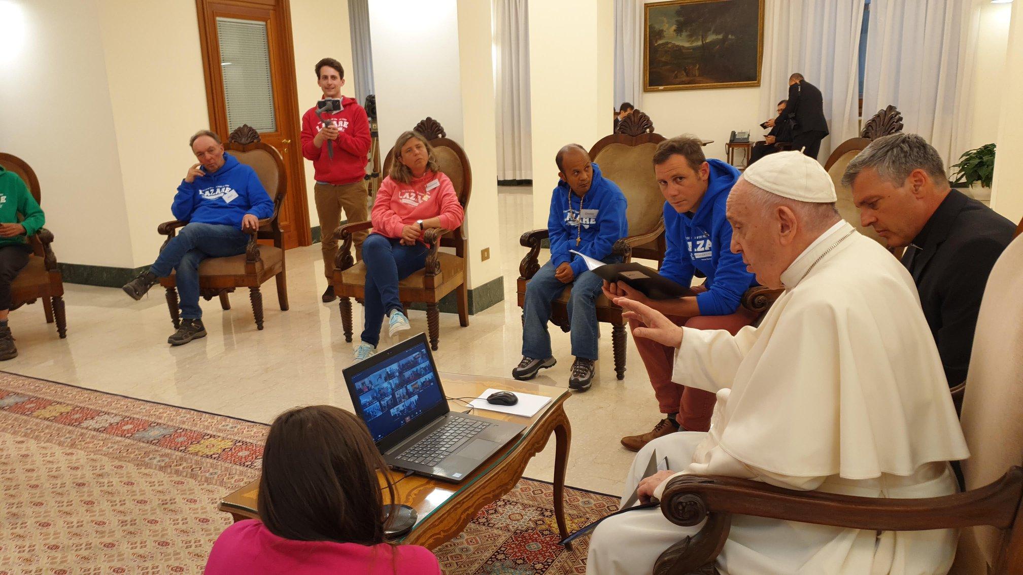 Papa Comunidad Lázaro
