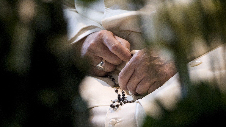 Rezo del Rosario con el Papa Francisco