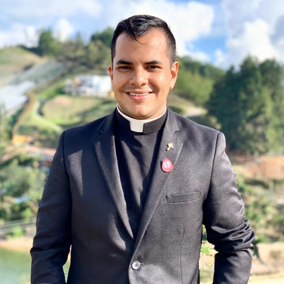 Colombia: padre Cristian