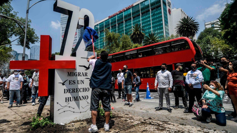 72 migrantes México