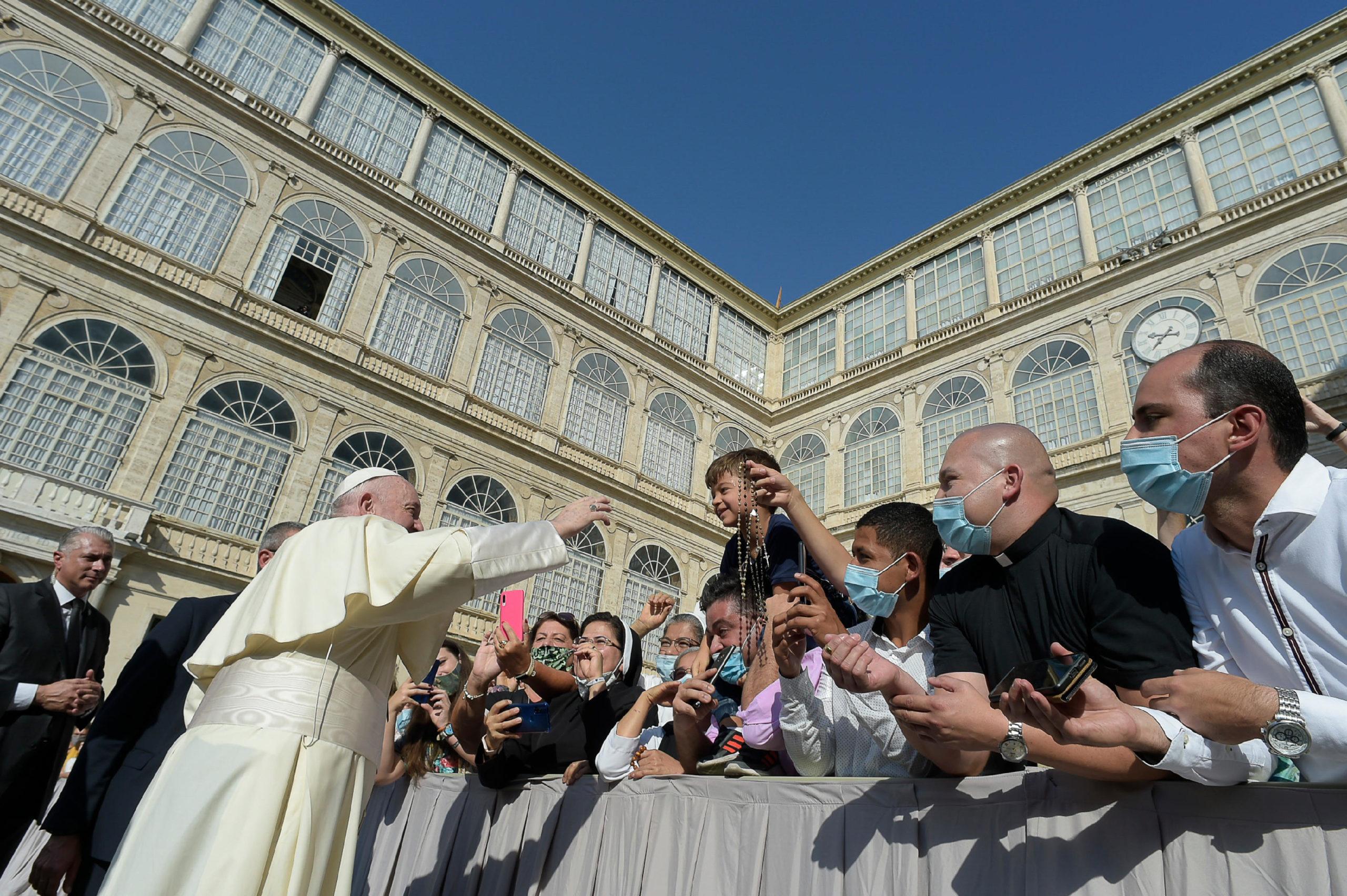Audiencia general: Papa propone ejemplo de la Virgen