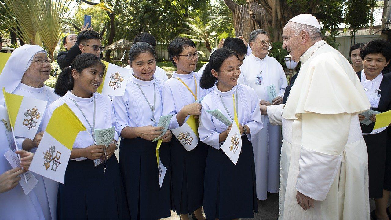 Papa Francisco: mujeres protagonista de Iglesia en salida