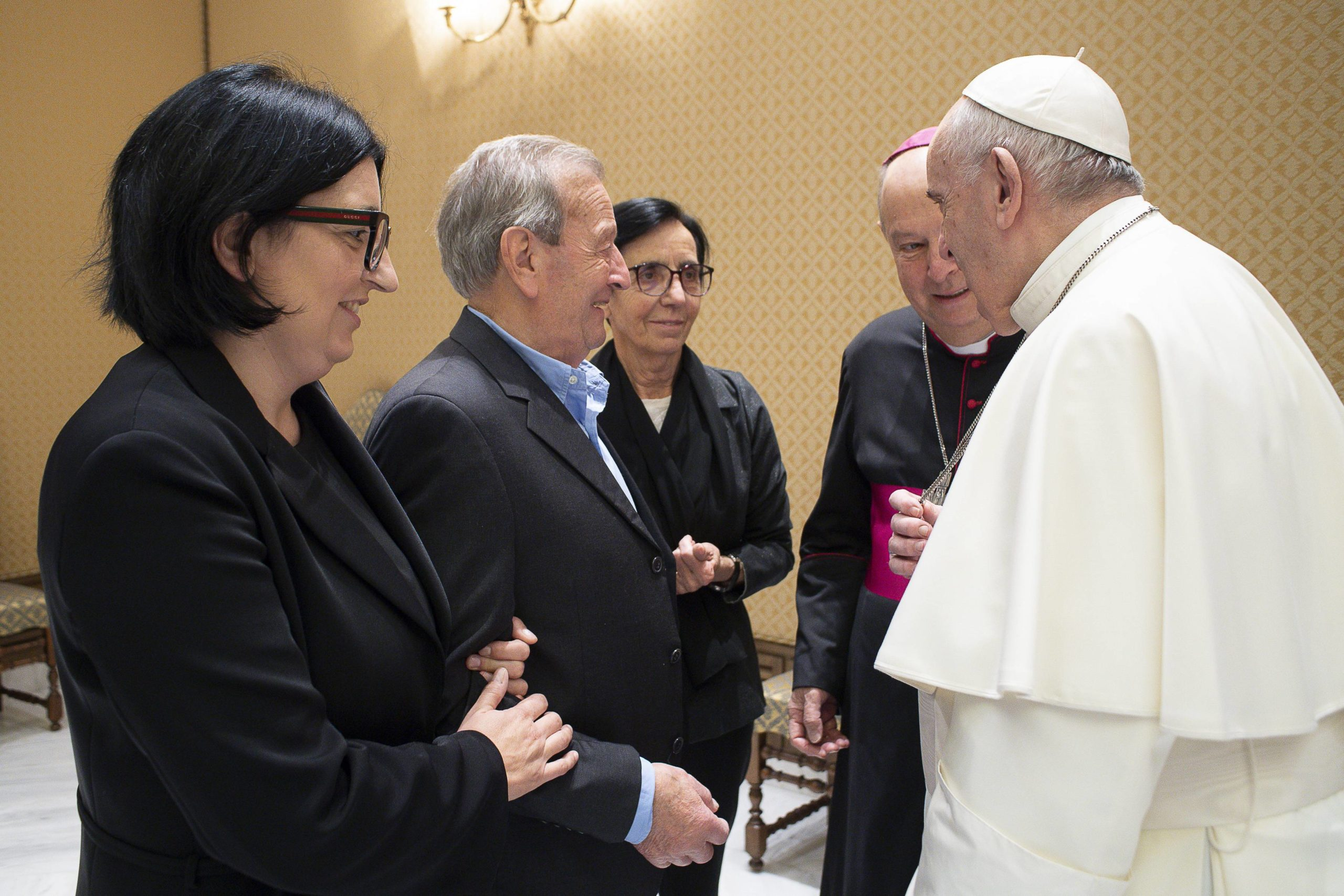 Encuentro del Papa con la familia de Roberto Malgesini