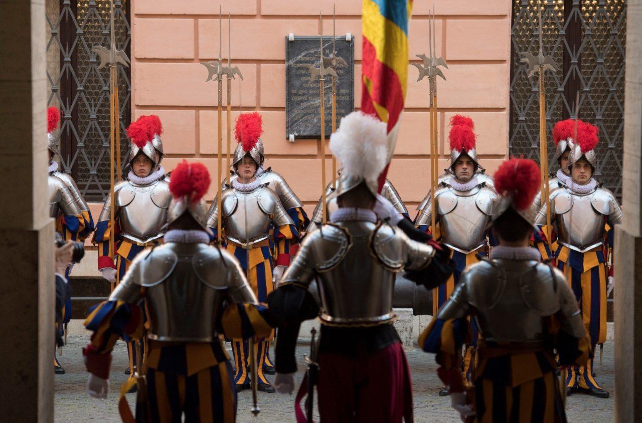 Guardia Suiza: Ceremonia de Juramento